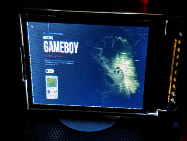 "Retropie on a 1.8"" LCD screen"